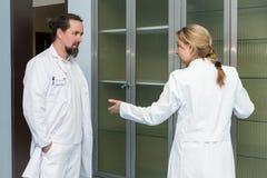 2 работника медицины Стоковая Фотография RF