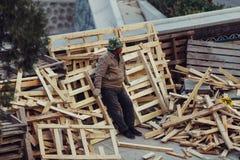 Работники в остатках Стоковые Фото