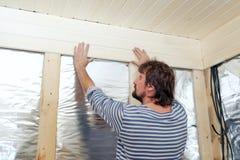 Работники делают ремонты в квартире Стоковая Фотография RF