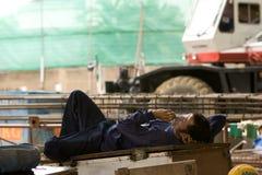 Работники имеют пролом на строительной площадке Стоковое Фото