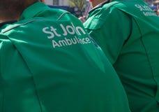 Работники машины скорой помощи St. Johns Стоковая Фотография RF
