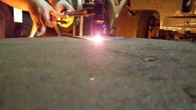 Работники металла используют сталь газовой резки акции видеоматериалы