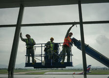 Работники окон steeplejack моя Стоковое Фото