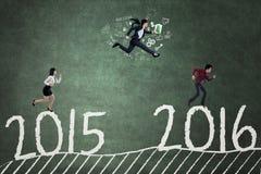 Работники состязаются для того чтобы достигнуть 2016 Стоковое Изображение
