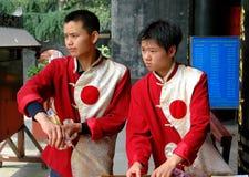 работники qingyang дворца фарфора chengdu стоковые изображения rf