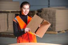 Работник бумажной фабрики facotry Стоковое фото RF