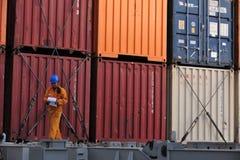 Работник грузового корабля Стоковые Фотографии RF