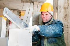 работник каменщика конструкции стоковые фото