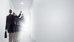 работник офиса предпосылки зеленый стоковое изображение rf