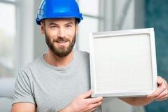 Работник с воздушным фильтром Стоковые Фото