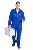 Работник с набором инструментов и ключем Стоковые Изображения