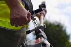 работник триммера изгороди Стоковое Фото