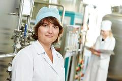 работник фабрики фармацевтический Стоковое фото RF