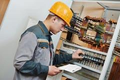 Работник электрика Стоковые Изображения RF