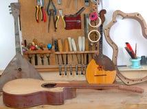 рабочее место гитары мастерское Стоковые Фотографии RF