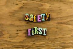 Рабочее место политики безопасность прежде всего стоковые изображения rf