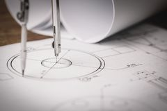 Рабочее место - технический чертеж проекта с инструментами инженерства Стоковые Фотографии RF