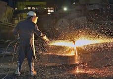 Рабочий сталелитейной промышленности стоковые изображения rf