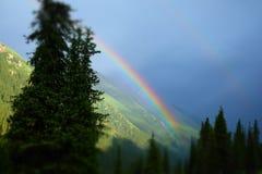 Радуга в горах Стоковое фото RF