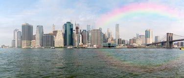 Rainbow over South Manhattan seen from east river Стоковое Фото