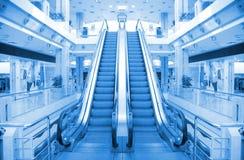 разбивочная торговля эскалатора стоковые фото
