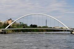 Разбивочный мост улицы стоковая фотография