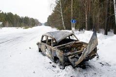 Разбили автомобиль на обочине Стоковое Фото