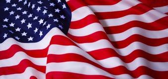 развевать американского флага стоковое изображение rf