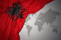 Развевая национальный флаг Албании Стоковое Изображение RF