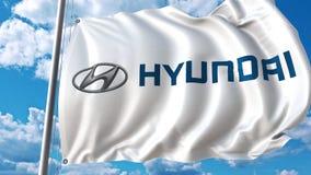 Развевая флаг с логотипом Hyundai против moving облаков анимация передовицы 4K видеоматериал