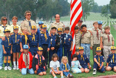 Разведчик мальчика и войска разведчика Cub Стоковая Фотография
