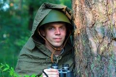 Разведчик в лесе Стоковые Фото