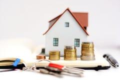 Развитие продаж стоимости имущества или недвижимости Стоковое фото RF