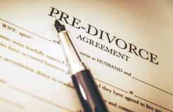 Развод документирует подписание стоковое фото