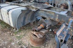 Развязность для лет и старых тележек ржавеет Интерьер покинутого старого автомобиля Стоковое Изображение