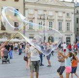 Развлечения пузырей мыла Стоковое Изображение