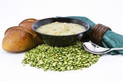 разделение супа гороха страны хлеба свежее Стоковая Фотография