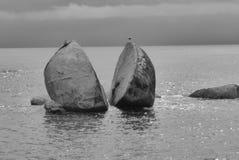 Разделенный утес Яблока в национальном парке Abel Tasman стоковое изображение