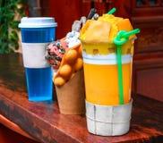 Раздел поддельных мороженого и соков стоковое фото rf