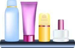 разливает косметические продукты по бутылкам иллюстрация вектора