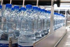 разливая по бутылкам завод Стоковое Изображение RF
