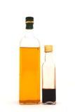 разлитый по бутылкам уксус оливки масла Стоковое Изображение RF