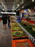 Различные блюда шведского стола в Таиланде стоковая фотография rf