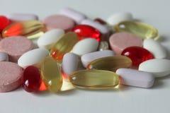 Различные медицины, капсулы и пилюльки Стоковые Изображения RF