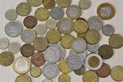Различные монетки различных стран Стоковое Изображение
