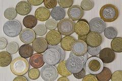 Различные монетки различных стран Стоковая Фотография RF