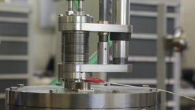 Различные части коллайдера 049/052 электрон-поситрона акции видеоматериалы