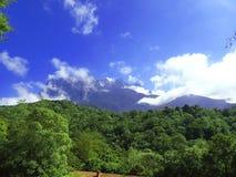 Размещенный в восточной Малайзии, Борнео двадцатое большинств видная гора в мире стоковое фото rf