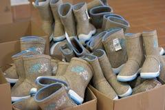 Разнообразие ботинки войлока для продажи Стоковые Изображения