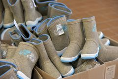 Разнообразие ботинки войлока для продажи Стоковое Фото
